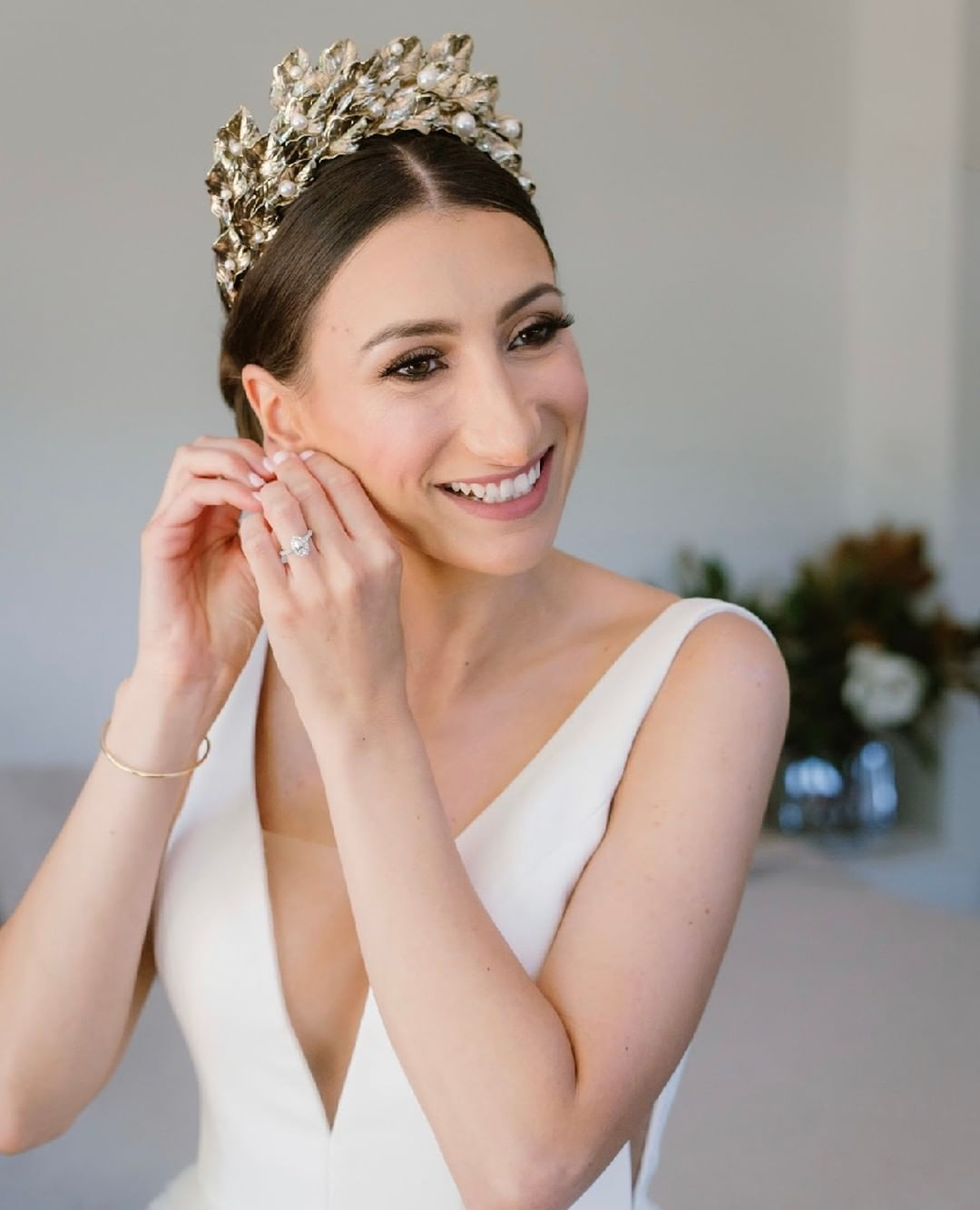 How to Choose the Perfect Earrings for Your Wedding.