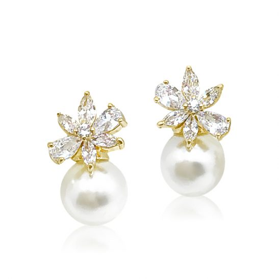 Gold and Pearl Stud earring for bride or bridesmaid
