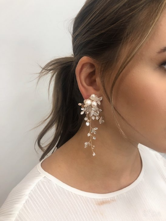 size of bridal earring on model