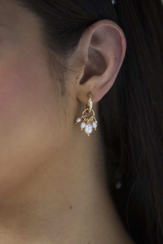 These small hammered gold hoop earrings with fresh water pearl cluster drop, are tasteful and understated. Matching well with almost any bridal look they are versatile and very fashionable for todays modern bride, or an equally good choice for your bride tribe. As a wedding accessory you couldn't wish for a more beautiful creation.