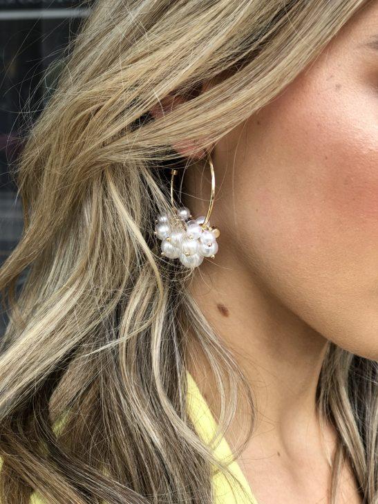 Modern Bridal Pearl Hoop earring