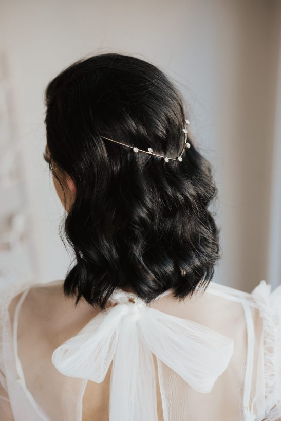 Designed and decorated to perfection this gold and diamond headband can sit delicately on your head or be woven together with your hair to create an elegant and dreamy hairstyle. A simple, yet very elegant accessory that is made using high-quality gold and crystals.